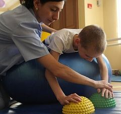 Лікувальна фізкультура - метод лікування дитячого церебрального паралічу