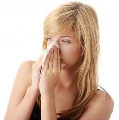 Біль в області вилиць, чола, скронь - симптоми гаймориту