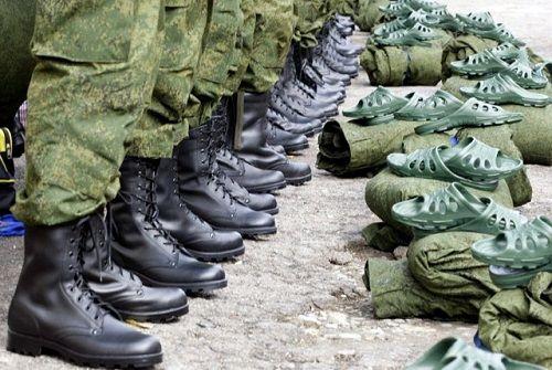 Поздовжнє плоскостопість дозволяє служити в армії