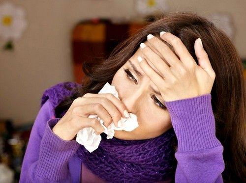 При гаймориті інфекція вражає так звані гайморові пазухи - дві маленькі порожнини по обидва боки носа