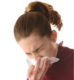 Рясні виділення з носа - основний симптом риніту
