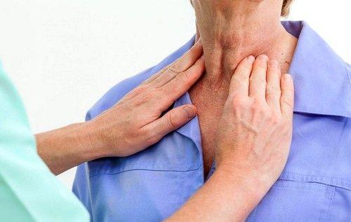 Аутоімунний тиреоїдит (Хвороба Хашимото) - рідкісний нейроендокринної синдром, при якому організм починає виробляти специфічні антитіла, що знищують клітини щитовидної залози