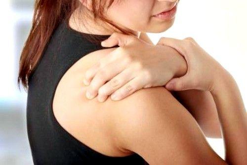 Симптоми і лікування періартріта плечового суглоба