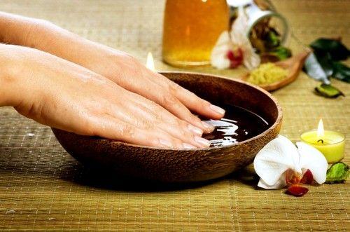 Усунути нагноєння можна за допомогою ванночки з евкаліпта