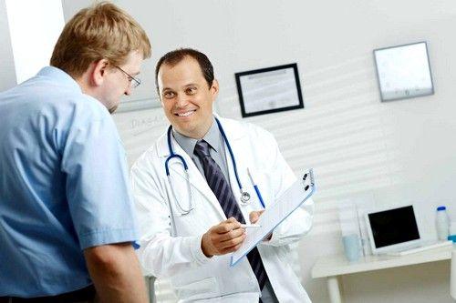 потрібно своєчасно лікувати всі запальні процеси і не допускати травмування прямої кишки