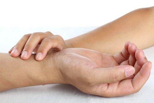Основні причини розвитку тахікардії - нестача в організмі калію і магнію