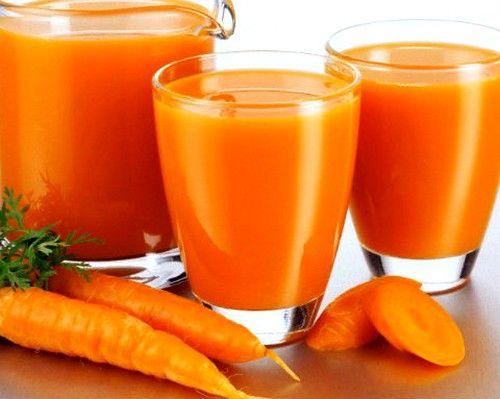Сік з моркви корисний при запаленні ясен