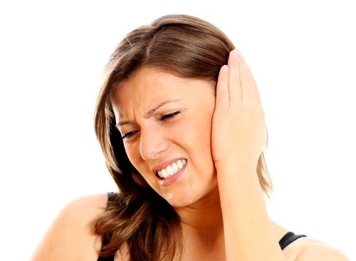 Запалення середнього вуха: симптоми